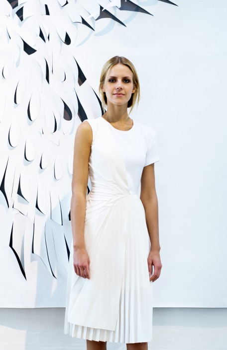 GEORGIA HARDINGE SS16 white dress with pleats